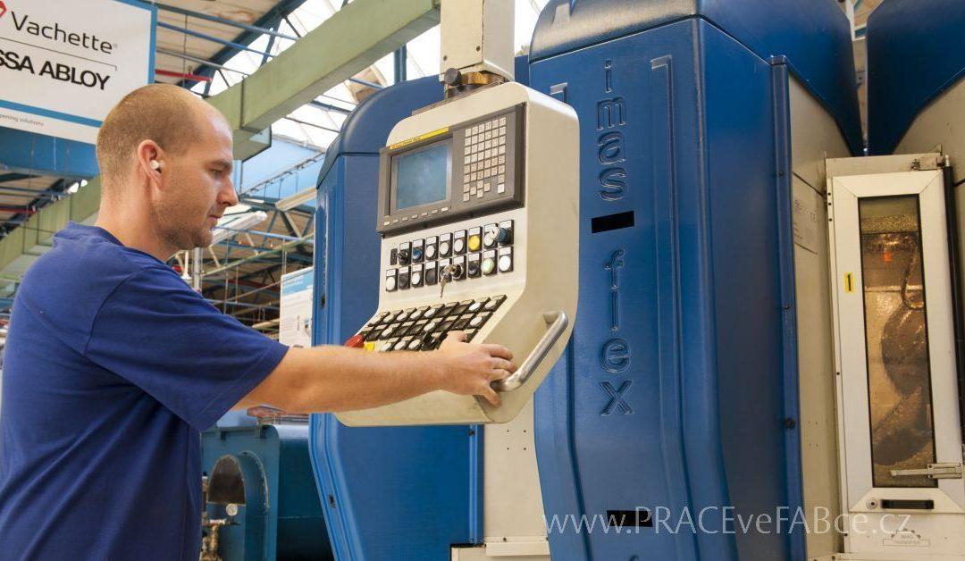 Práce seřizovače CNC strojů má vysoký kredit v každé firmě