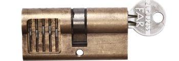 První cylindrické vložky FAB